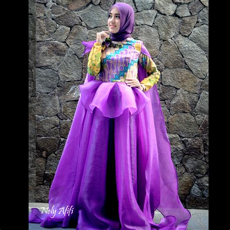 gaun muslim pesta organza batik