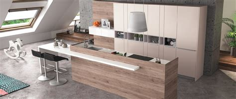 cuisine moderne blanc laqué cuisine contemporaine zaho alicante décor bois haut de