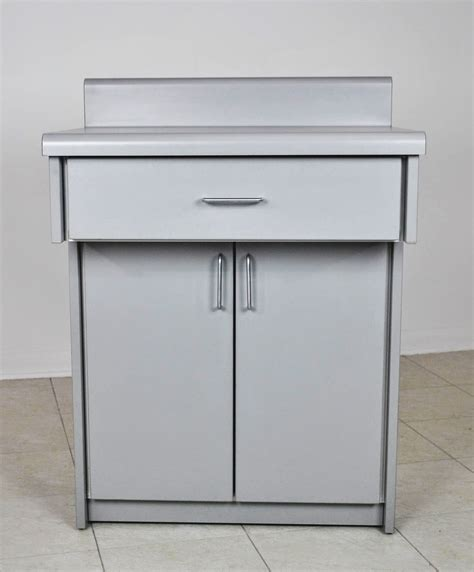 top of kitchen cabinets model 6302 base cabinet wmc inc manufacturing 6302