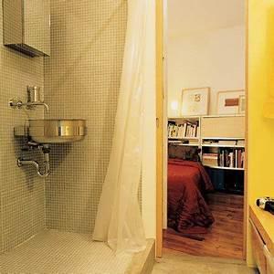 repenser l39espace dans 46m2 eclaires par sept fenetres en With porte d entrée pvc avec colonne salle de bain tres etroite