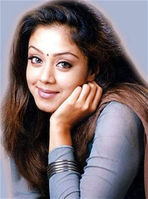 actress jyothika hd image jyothika pictures 500 collection hd wallpaper