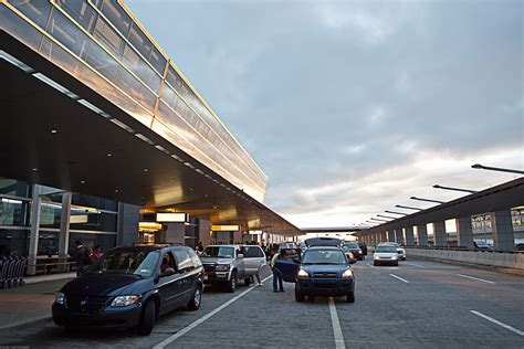 parking garages in dc airport parking in washington dc