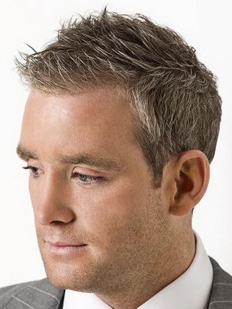 coiffure courte homme coupe de cheveux homme moderne