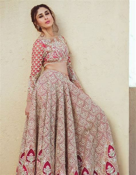 Bollywood's kareena went on to add 'khan' to her name and is now known as kareena kapoor khan, which is 8 unique wedding gifts to stock a new couple's bar. Fida: Here's Kareena Kapoor's Tashan | outfits | Pinterest ...