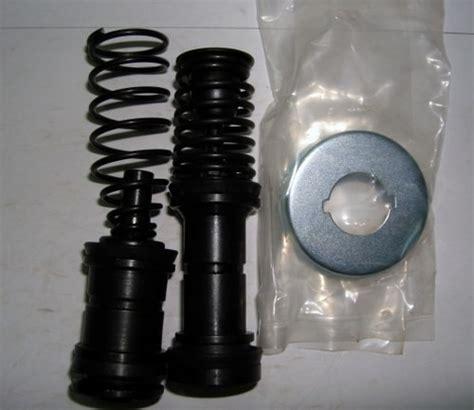 Clutch Cover Assy M L200 Triton brake master cylinder kit m l200 triton alat mobil