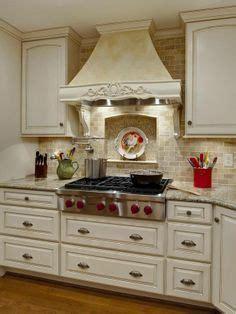 backsplash in kitchen pictures מטבח פרובנס טופז אומנות המטבח home kitchens and 4266
