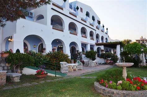 hotel arathena giardini naxos hotel arathena rocks giardini naxos sicilie italie