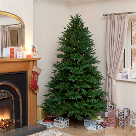 top artificial christmas tree five best artificial christmas trees aol uk living 9575