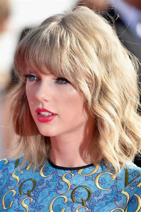 Taylor Swift - 2014 MTV Video Music Awards in Inglewood ...
