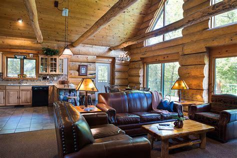 bedroom retreat cabin wilderness resort wisconsin dells