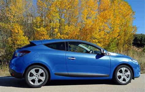 renault megane 2009 sedan renault megane coupe 2009 car review honest john