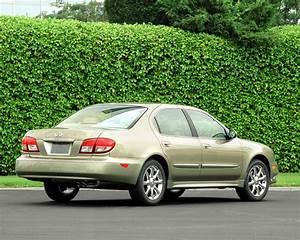 2004 Infiniti I35 Photos