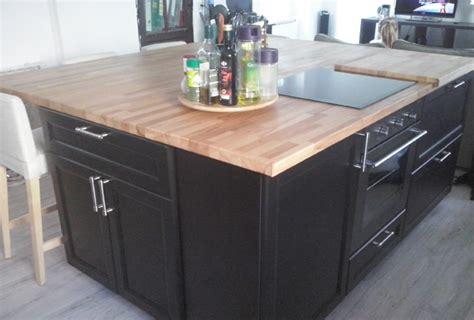 ilot cuisine sur mesure rénovation de cuisine sur mesure avec ilôt central en bois
