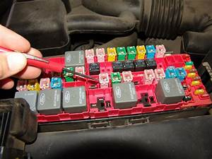 07 Ford Expedition Fuse Box