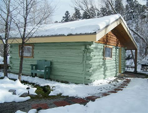 Cottonwood Hot Springs Inn & Spa