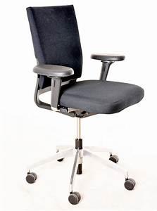 Vitra Stühle Gebraucht : b rodrehstuhl vitra schwarzer textilbezug gebrauchte b rom bel drehst hle st hle ~ Markanthonyermac.com Haus und Dekorationen