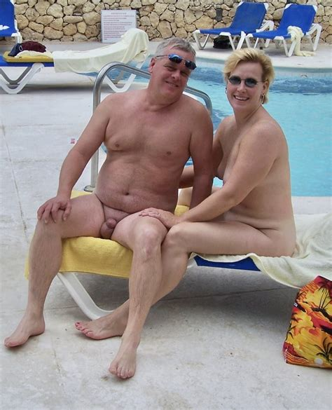 Hot Mature Swinger Couple Play In The Pool 33 Pics