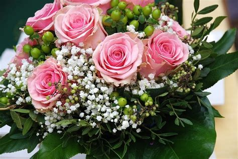 Where To Buy Wedding Flower Cheap In London?