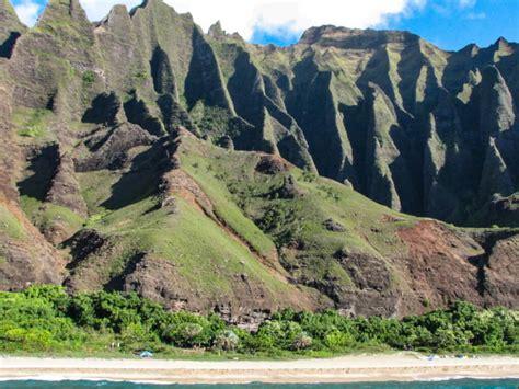 Napali Coast Hawaii Boat Tour by Napali Coast Boat Tour In Kauai At One Of Hawaii S