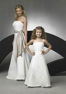 Robe De Demoiselle D Honneur Fille : robe enfant demoiselle d honneur ~ Mglfilm.com Idées de Décoration