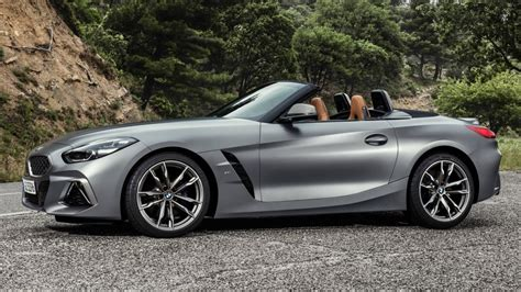 Now the 2020 z4 only comes as a convertible and there is no coupe version this time. ROAD TEST: 2020 BMW Z4 M40i - Car Help Canada