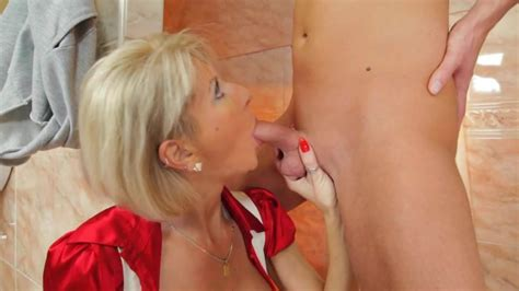 Moms Having Sex With Sons Best Friend Online Sex Videos
