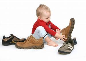 Outfitting Your Child with Proper Footwear - Blog | Dr ...