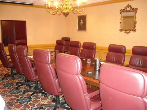 chaise salle de réunion images gratuites table cuir chaise meubles chambre