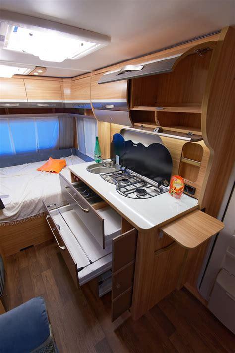 caravane cuisine meuble cuisine caravane amnagement fourgon meuble de