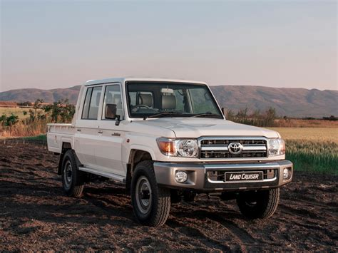 """The 2021 toyota landcruiser 70 series range of configurations is currently priced from $67,400. Toyota Land Cruiser 70 Series to Soldier On: """"It's Here ..."""