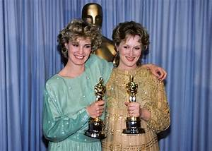 In praise of 1970s and 1980s Oscar style, when there were ...
