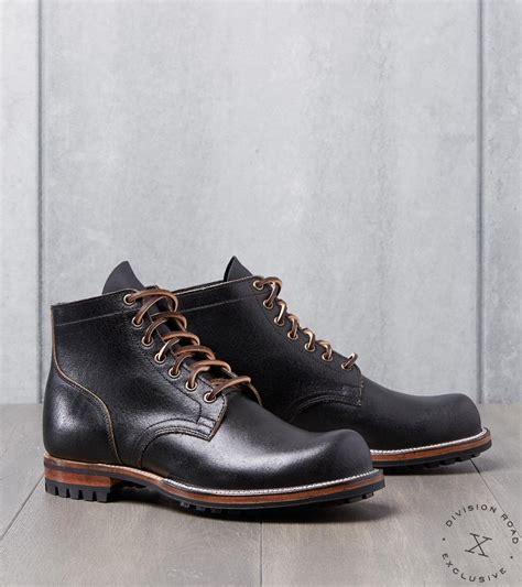 Viberg Service Boot - 2045 - Commando - Black Waxed Flesh ...