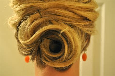 Half Up to Full Updo ? The Small Things Blog