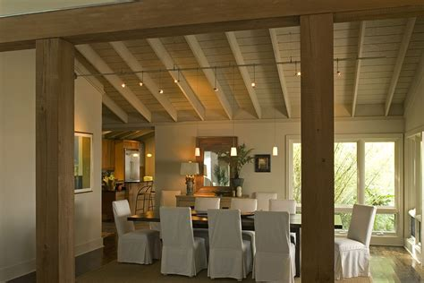 southern chic dining area  casually elegant  takes advantage   evening sunset views