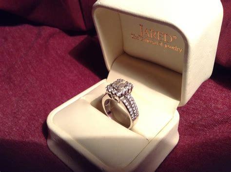 diamond ring in box diamondstud