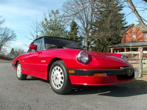 1989 Alfa Romeo Spider by Gassman Automotive Upholstery 1989 Alfa Romeo Spider