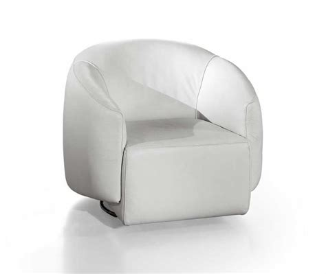 things you to do to avoid white leather chair damages