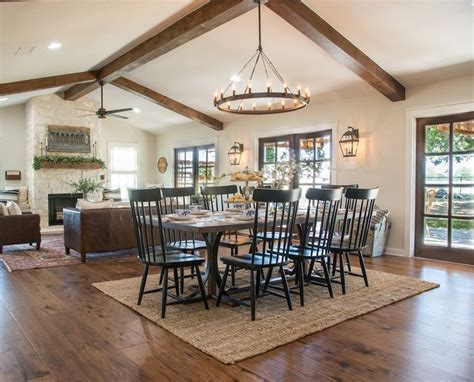 41271 fixer dining room rugs best 25 big country ideas on the big country