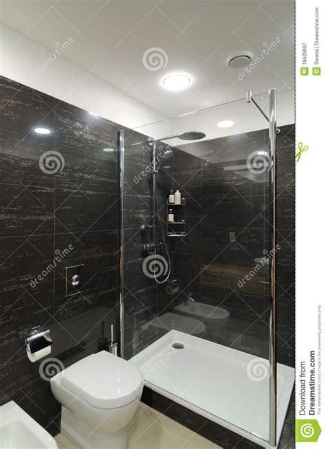 salle de bains grise moderne photographie stock libre de droits image 19529007