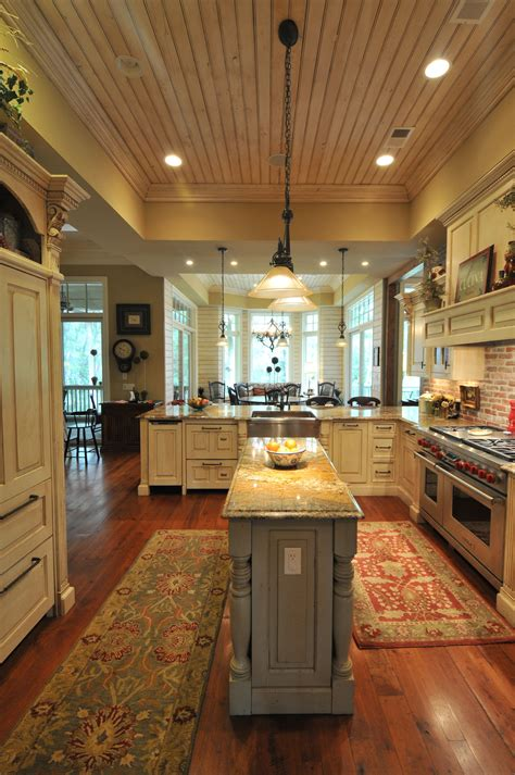 completed homes southerncoastalhomes   kitchen