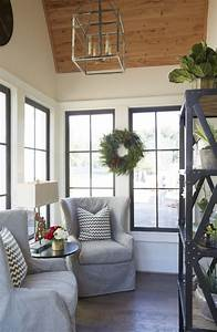 25 best ideas about small sunroom on pinterest small With sunroom off kitchen design ideas