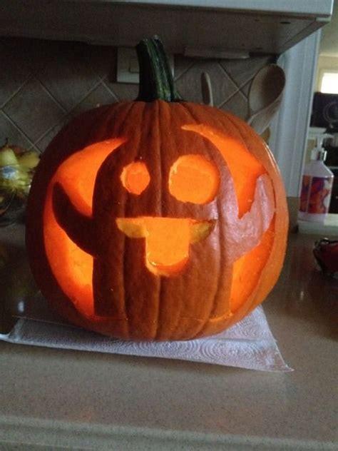 ghost emoji pumpkin carving wccb charlottes cw