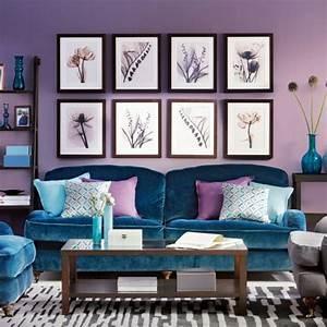 Gemütliche Wohnzimmer Farben : 23 gem tliche wohnzimmer wohnideen mit deko in kr ftigen farben lila ~ Watch28wear.com Haus und Dekorationen