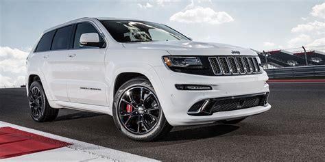 jeep grand cherokee 2017 srt8 jeep grand cherokee hellcat will arrive in 2017