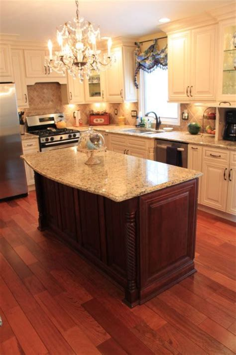 koa flooring with cherry cabinets 25 best ideas about cherry floors on