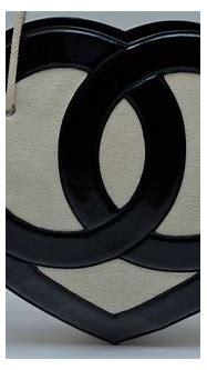 CHANEL Heart CC Logo Cruise 2009 Handbag MINT at 1stdibs