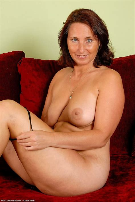 Sweet Mature Porn Pics 8 Pic Of 64