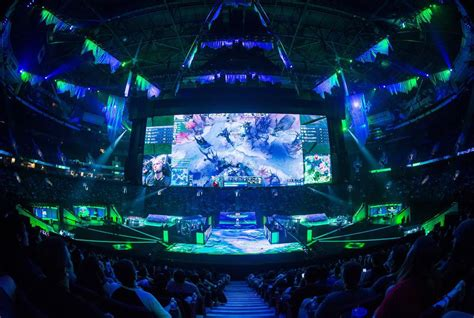 athletes pro video game players not so different esport insiders the star