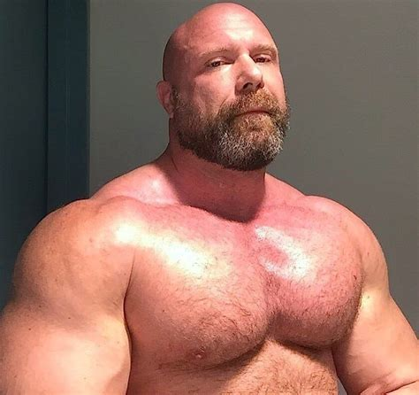 Pin by Roofus Woof on Mostly Muscle | Muscle, Beefy men, Muscle men