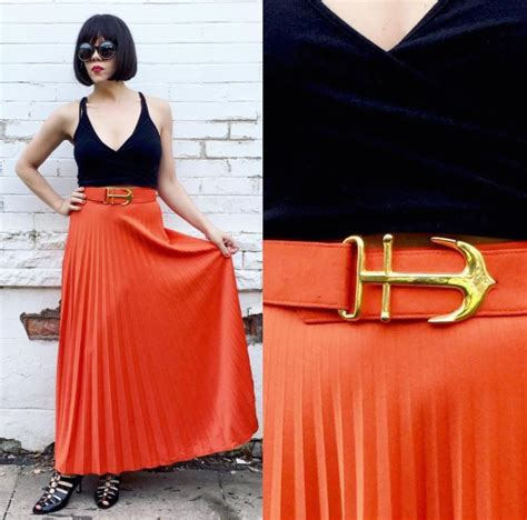 Orange Skirt Outfits - 27 Ideas on How to Wear Orange Skirts